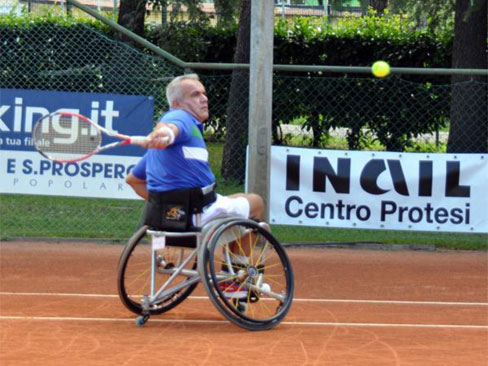 Immagine tennis wheelchair
