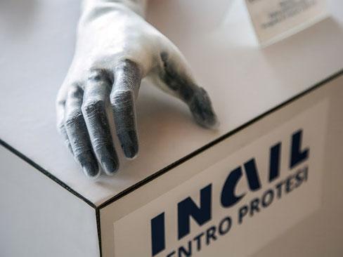 """Trasferimento tecnologico, pubblicato il bando europeo per l'industrializzazione della mano protesica """"Hannes"""""""
